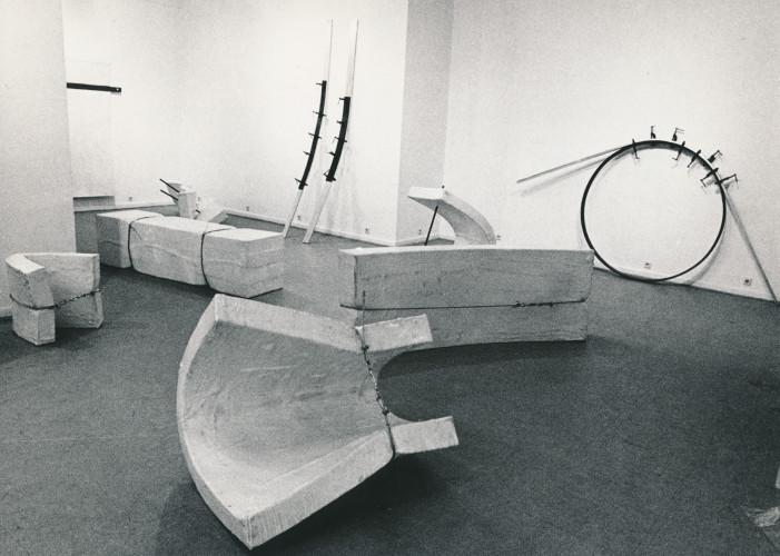 02_Installation_Galerie_Ricke_1969_Gary_Kuehn