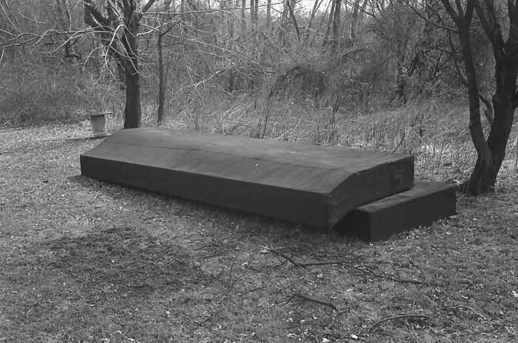 A_01_Tar_Piece_Misc_60s_Sculpture_1967_Gary_Kuehn